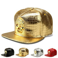 Capuchons De Crâne Cool Pour Les Hommes Pas Cher-Bonnets ajustés Cool Snapback Gold Caps Hiphop Baseball Casquettes Hommes Sports Adjustable American PU DJ Street Dance Golden Skull Snapback Hat