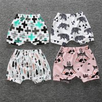 Wholesale Girl Knickers Pants - 2017 Summer Baby Pant Full Paint Fashion Baby Boys Short Girls Knickers Baby Pp Pants 100% Cotton Infant Clothes Soft Beach Shorts Panties