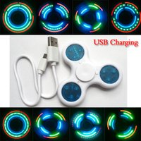 Rainbow LED Light Fidget Spinners Flashing Words Hand Spinner Diferentes padrões LED Mudando brinquedos Spinner dedo Tri-fidget DHL Free