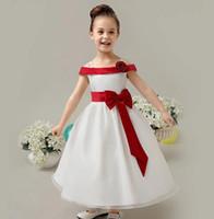 off beyaz kız elbiseleri toptan satış-Kız parti doğum günü elbise Lüks kapalı omuz beyaz Balo Straplez Kırmızı Uzun Çiçek Kız Elbise İlk Communion elbise çocuklar Için