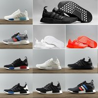 Barato Homens Negros Quentes-2017 Hot NMD Runner R1 boost Japn Triple Black branco sapatos de corrida ultra ultraboost nmds Tri-Color Womens sport Sneakers Eur 36-45