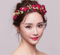 ingrosso la fascia del fiore del copricapo della perla di rosa-Red Floral Flower Headband Rose Crown Tiara Red Hair Ghirlanda Wedding Bridal Damigella d'onore Copricapo Perla Accessori per capelli Principessa Copricapo
