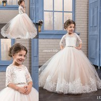 Wholesale Vintage Rhinestone Belts - Princess Blush Flower Girl Dresses for Vintage Wedding with Lace Short Sleeve Beaded Belt 2017 Cheap Junior Child First Holy Communion Dress