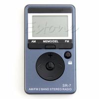 auricular estéreo receptor al por mayor-Al por mayor-Portable AM / FM 2 Band sintonización digital FM Radio Stereo Receiver + auricular DC 5V