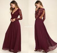 uzun kollu bordo gerdansız elbise toptan satış-2020 Bordo Şifon Gelinlik Modelleri Uzun Kollu Batı Ülke Stil V Yaka Backless Uzun Plaj Dantel Üst Düğün Elbiseleri Ucuz