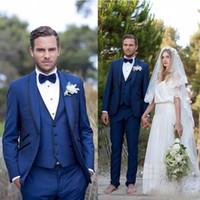 pajarita harris tweed al por mayor-Diseñador Blue Men Wedding Planner Suit Slim Fit Bridgroom Tuxedos Groomsmen Suit Three Pieces Formal Business Jackets Pantalones con pajarita