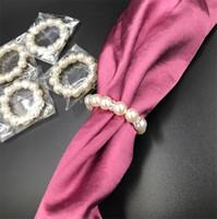düğün peçetesi toptan satış-100 Adet / grup Beyaz Inciler Peçete Halkaları Düğün Peçete Toka Düğün Resepsiyon Parti Için Masa Süslemeleri Malzemeleri I121