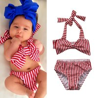 New Summer Girls Swimsuit Short-fitting bainha elástica Stripe Swimsuit Girl Spilled Two-pieces Swimwear Off Shoulder Bikini Wholesale