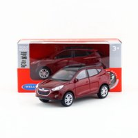 Wholesale Toys 34 - Free Shipping Welly 1:34-1:39 Hyundai Tucson IX35 SUV Educational Model Pull back Diecast Metal toy car Gift For collection