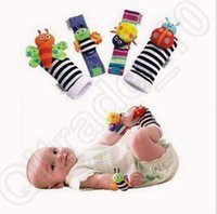 Wholesale Baby Feet Month - 2 Designs 4pcs set New Sozzy Wrist Rattle Foot Finder Baby Toys Kids Rattle Socks Lamaze Plush Wrist Rattle Baby Socks CCA6605 400pcs