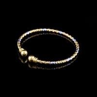 brazaletes de oro blanco sólido al por mayor-De calidad superior Pretty Lady amarillo / blanco de dos tonos 14k Real Solid Gold GF Brazalete abierto Amante de la joyería de Argelia Fiji Pulsera de metal