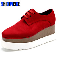 Wholesale Platform Oxford Flats - Wholesale- SHIDIWEIKE New Women Platform Oxfords Brogue Flats Shoes Suede Leather Lace Up Square Toe Luxury Brand Red Black Creepers b490
