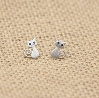 Cute Small Cat Stud Earrings 925 Sterling Silver Jewelry Animal Cat Brincos para festas de Natal Cheap Stud Earrings for Sell