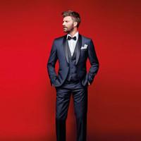 lacivert balo elbiseleri toptan satış-Klas Lacivert Düğün Smokin Erkekler Için Slim Fit Suits Groomsmen Suit Üç Adet Ucuz Balo Örgün Suits (Ceket + Pantolon + Yelek + Papyon)