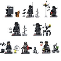 Wholesale Diy Weapon - DIY Building Blocks Minifigures Action Bricks City Swat Team Commando Military Soldiers with Weapon Kids Christmas Toys 8pcs set