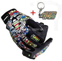 Wholesale Motorcycle Racing Keychain - Wholesale- New 2016 Arrival Brand Original Print MOTO racing luvas Motorcycle gloves protective gloves off-road gloves with 46 keychain