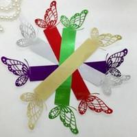 servilletas de colores al por mayor-Cinco colores de la servilleta titular ahueca hacia fuera el diseño de la mariposa servilletas anillos para la boda nupcial ducha favor decoración 0 35rs B