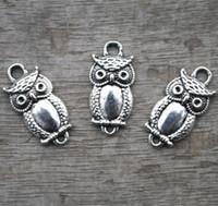 tibetische silbercharmeeule großhandel-25pcs - owlcharms, antike tibetische silberne Eule Charm Anhänger Stecker 26x16mm