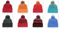 Новые Beanies 2017 Football Beanies Sport Knit Hat Pom Pom Knit Hats Горячая команда Цвет Beanies Hat Mix Match Order Все шапки
