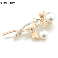 All'ingrosso- VIVILADY Inverno Inverno Autunno Fiori Dragonfly Breastpins Crystal Imitazione Perle Collan Brooches Perni Accessori Donna Broche Regali