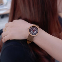 armband drucken großhandel-BOBO BIRD Frauen Handwerk Holz Uhren mit Lederband und Farbdruck Zifferblatt Gesicht Damenmode mit Geschenkbox