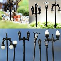 micro mini luces al por mayor-Al por mayor-Arte de la resina Mini Street Light Lamp Imitación antigua Fairy Garden Home Miniature Jardín Terrario Decor Micro Paisaje