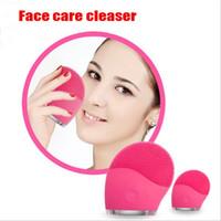 cepillo de poro de limpieza facial al por mayor-Limpiador facial eléctrico Vibrate Pore Clean Silicone Cepillo limpiador Masajeador Vibración facial Cuidado de la piel Spa Masaje