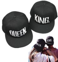 96f58863775 2017 new Men and Women Fashion QUEEN KING Baseball Cap Hip Hop Letter print  Embroidery Caps Couple Snapback Hats