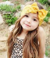 ücretsiz nakliye fotoğrafçılık için sahne toptan satış-En ucuz Bebek kız kızlar için yay dantel bantlar kız çocuk fotoğrafçılık sahne Saç Aksesuarları birçok renkler nakliye ücretsiz
