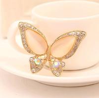 ücretsiz metal kelebekler toptan satış-Opal Kelebek Broş Kadınlar için Rhinestone Broche Moda Bijuteri Düğün Takı 3 Renkler Mevcut Altın Kaplama DHL ücretsiz kargo