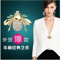 Wholesale Wholesale Diamond Brooch - Fashion brooches han edition set auger cute little bee pin the new stones brooch both men and women two colors