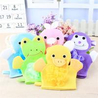 serviettes de grenouille achat en gros de-Cartoon Animaux enfants Bain Mitten enfants singe grenouille de canard lavage Gants de bain pour bébé bain Rub-serviettes C2031