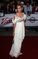 Wholesale Split Front Red Prom Dresses - Celebrity Emma Watson Red Carpet Evening Dresses Spaghetti Straps Beaded Vestidos De Festa Pick Ups Chiffon Front Split Prom Gowns