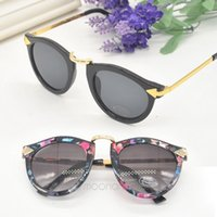 Wholesale Korean Vintage Sunglasses - Wholesale-Korean Vintage Retro Women\\\'s Arrow Metal Round Circle Floral Black Sunglasses Popular Stylish Eyewear Eyeglasses MPJ159#Y5