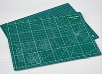 Wholesale Wholesale Cut Sew - PVC Cutting Mat A4 Durable Self-healing Cut Pad Patchwork Sewing Tools Handmade Diy Accessory Cutting Plate Dark Green 22 x 30cm