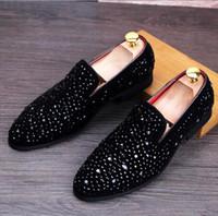 ingrosso appartamenti di marca di moda-Casual Multi-Colored Glitter Sequin Mocassini Mens Dress Shoes Uomo Flats Scarpe Luxury Fashion Brand Chaussures De Mariage
