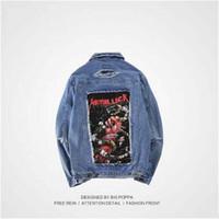 parches de chaqueta de jean vintage al por mayor-2017 El más nuevo Vintage Frayed Hole Denim Jacket Patch Diseños Wash Rock Jean Jacket Azul Negro Denim Abrigos Moda Marca Chaqueta de los hombres