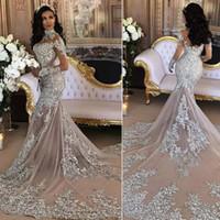 20fdcd813fad Abiti da sposa sexy sirena argento collo alto maniche lunghe applique  paillettes in rilievo illusione scintillante saudita abito da sposa arabo  immagine ...