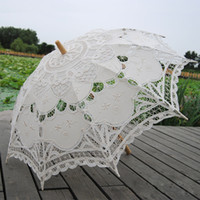 Wholesale Wholesale Lace Parasol Umbrellas - 68cm Long handle Handmade Art wedding Scallop Edge Embroidery Pure Cotton Lace Wedding Umbrella parasol Romantic Bridal photograph