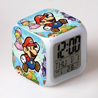 Compra L'orologio Digitale Dell'automobile Principale-auto da corsa giocattolo set Super mario bros con 7 colori Change LED Digital Alarm Clock Night Colorful Changing