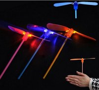 Wholesale fairy flies toy for sale - Group buy 3pcs creative bamboo dragonfly flash shine hand push flying fairy luminous small toys Toys for children gifts Random delivery