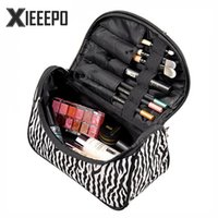 Vente en gros - Casual Pillow Travel Cosmetic Bag Nylon Striped Zipper Make Up Bags Makeup Case Necessaries Organizer Sac de rangement Toiletry Bag