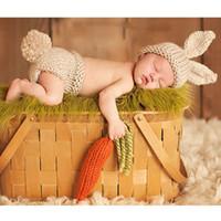 ingrosso pannolini fatti a mano-Nuovo Top Animal Design in stile Cartoon Bunny Coniglio Costume Handmade Knit Baby Beanie pannolino coperto e carota Set GM032