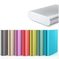 ingrosso batteria iphone6-Caricabatteria esterno universale XiaoMi 10400mAh Power Bank per iPhone6 ​​S6 Note4 Smartphone 20pcs / up