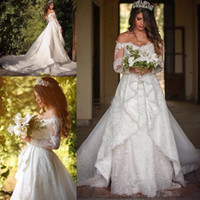 Wholesale Sweetheat Wedding Dress - 2017 New Arrival Sweetheat A Line VintageWhite Wedding Dresses Off The Shoulder Sheer Long Sleeves Lace Appliques Court Train Bridal Dresses