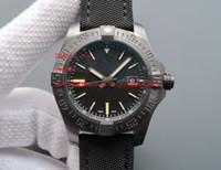 смотреть мужчин оптовых-Высокое качество роскошные наручные часы 44 мм Avenger Blackbird автоматический механический черный циферблат V1731110-BD74GCVT мужские мужские часы
