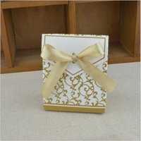 100pcs Gold Candy Boxes Wedding Faovrs Christmas Anniversary Party Gift Box Livraison gratuite ou couleur argent