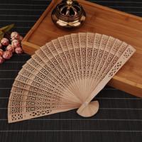 ingrosso fiori a mano calda-Ventilatori di legno cinesi Hollow Out Design Flower Woodiness Fatto a mano di alta qualità 8 pollici di vendita calda 1 8cn ff