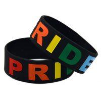 regenbogen-armbänder großhandel-50 Teile / los Homosexuell Stolz Armband 1 Zoll Breite Silikon Armband Füllen Regenbogen Farbe Logo Armreif Erwachsene Größe