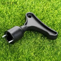 All'ingrosso- SURIEEN 1Pc Black Plastic + Iron Golf Shoe Cleats Chiave Spike Removal Golf Accessories Strumenti pratici